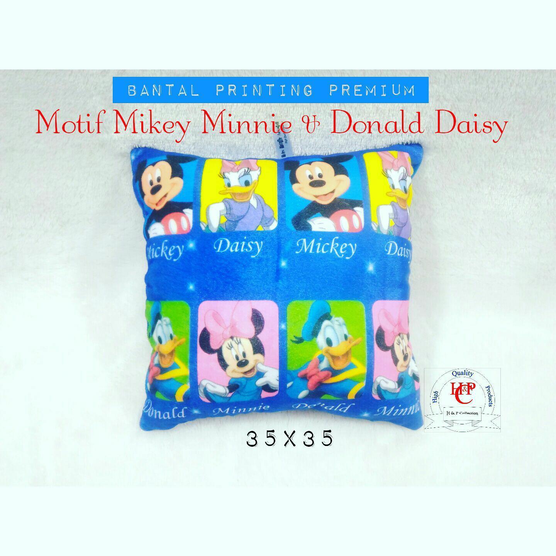 Bantal kotak sofa kursi karakter printing mikey minnie donald daisy