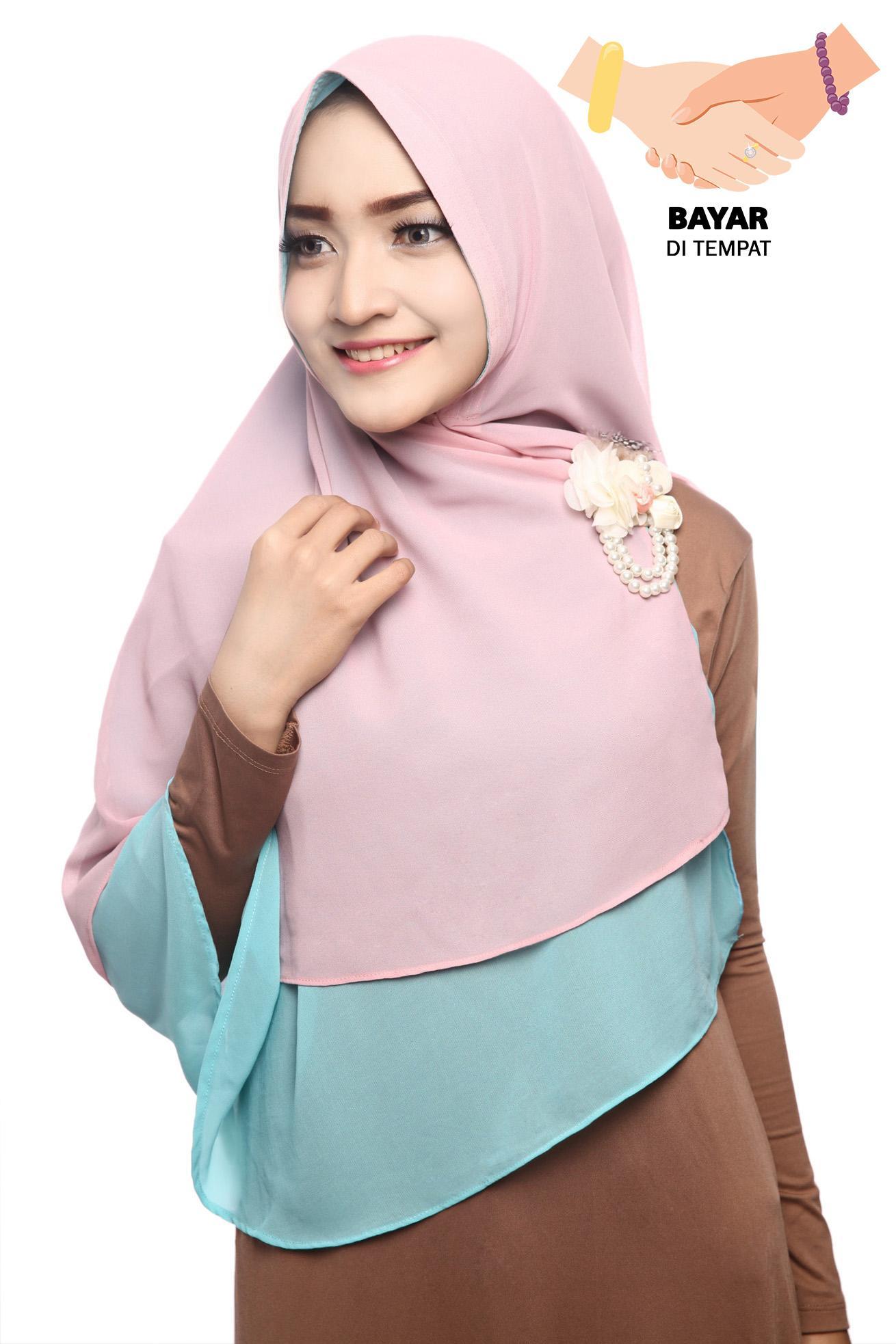 Kerudung Hijab Jilbab Khimar Hanna Two Tone  Dua Layer - Strawberry Yogurt
