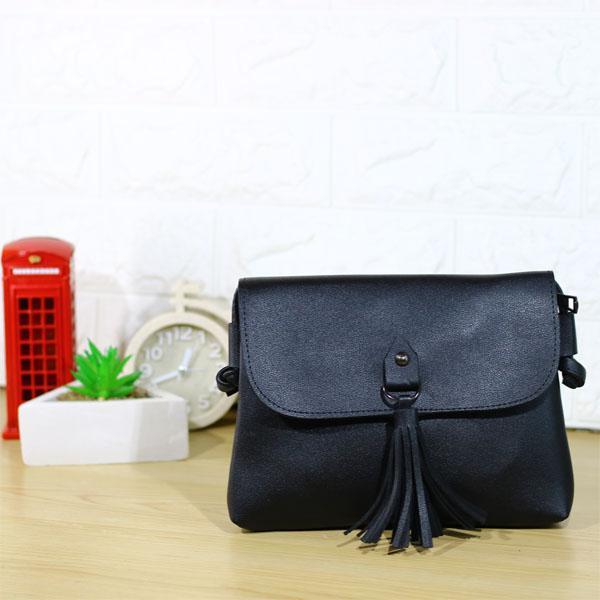Sling Bag Wanita Rummy Trendy Outfit Bahan Chloe / Tas Wanita Murah