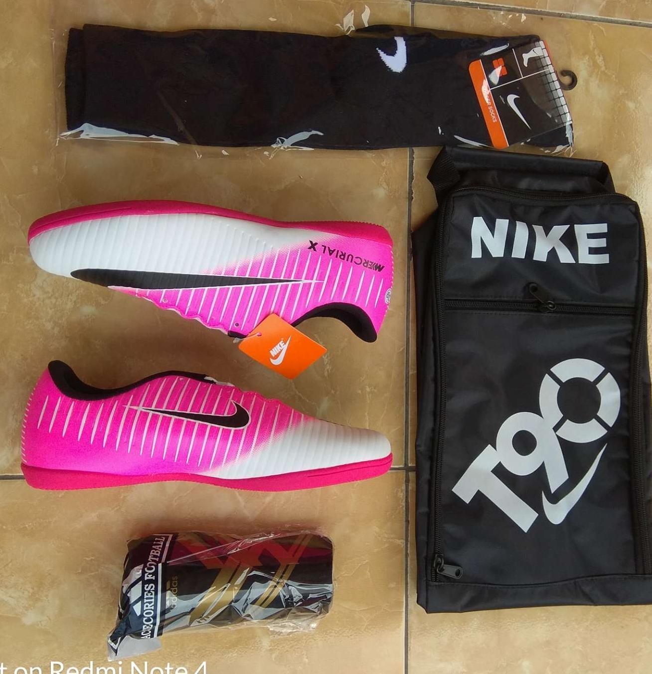Paket Sepatu Futsal Nike Mercurial Pink Putih
