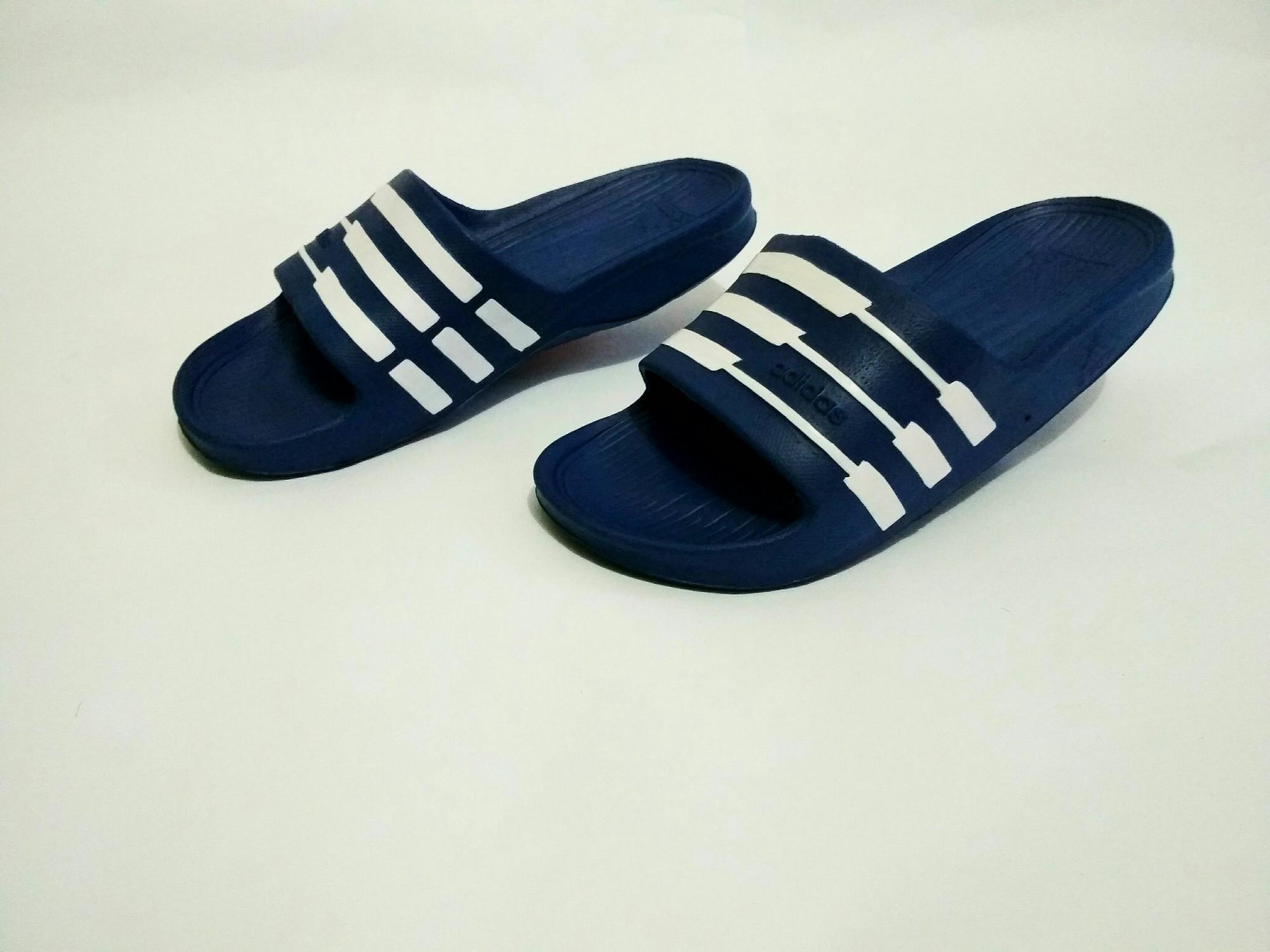 Sandal Adidas Duramo