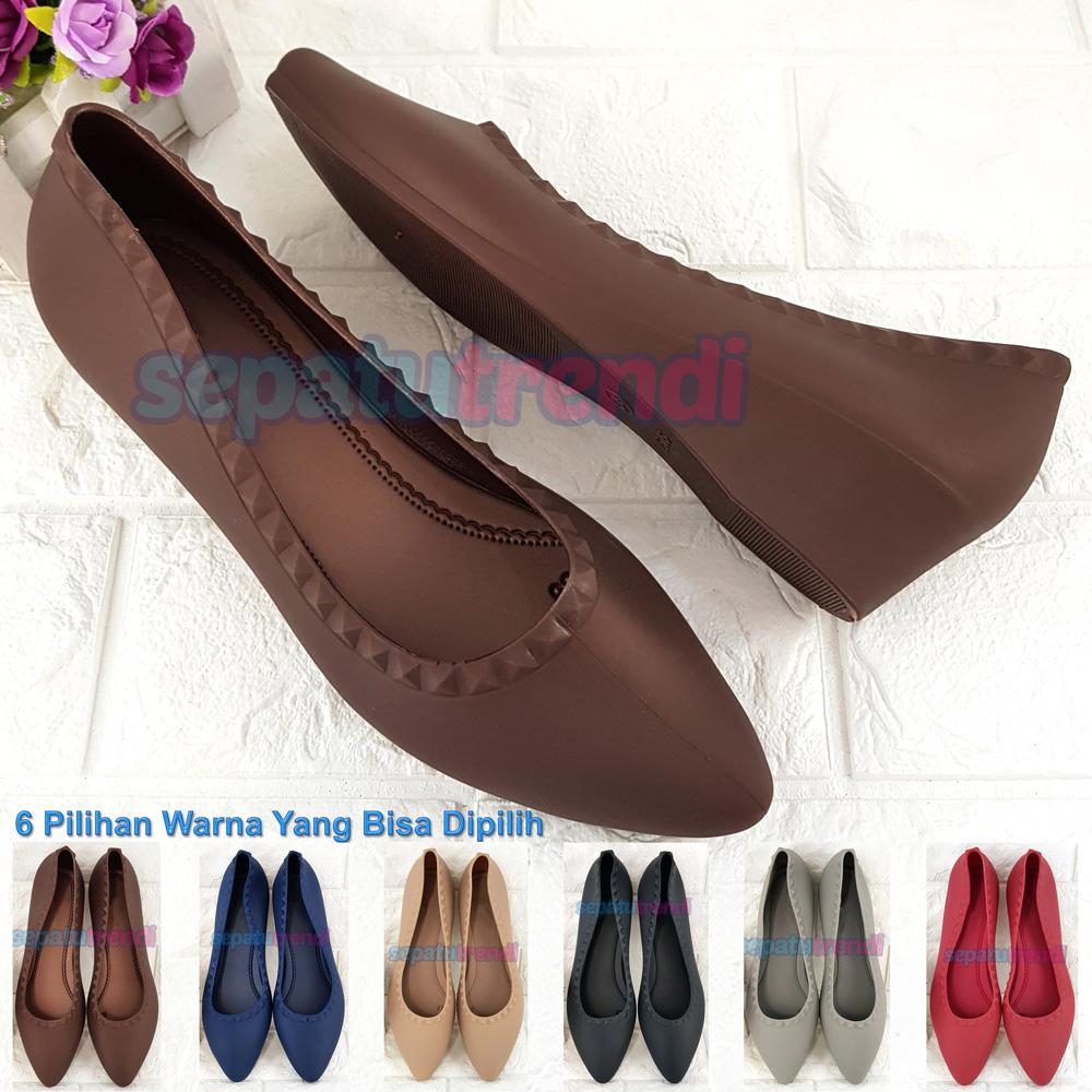 Sepatu Jelly Wedges Impor Motif Piramid JLWGPAKU Sepatu Wanita Sepatu Wedges  Jelly Shoes Import Sepatu Trendi 8823cc569c