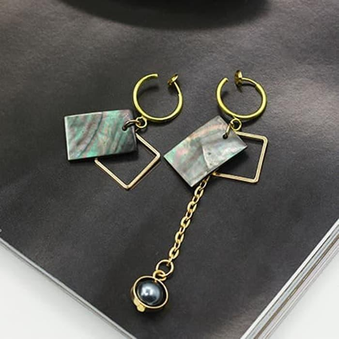 PROMO SAAT INI anting panjang fashion korea asimetrik shell dangling earrings jan129 TERLARIS