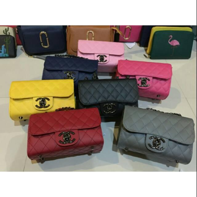 Tas Selempang CHANEL MINI BN