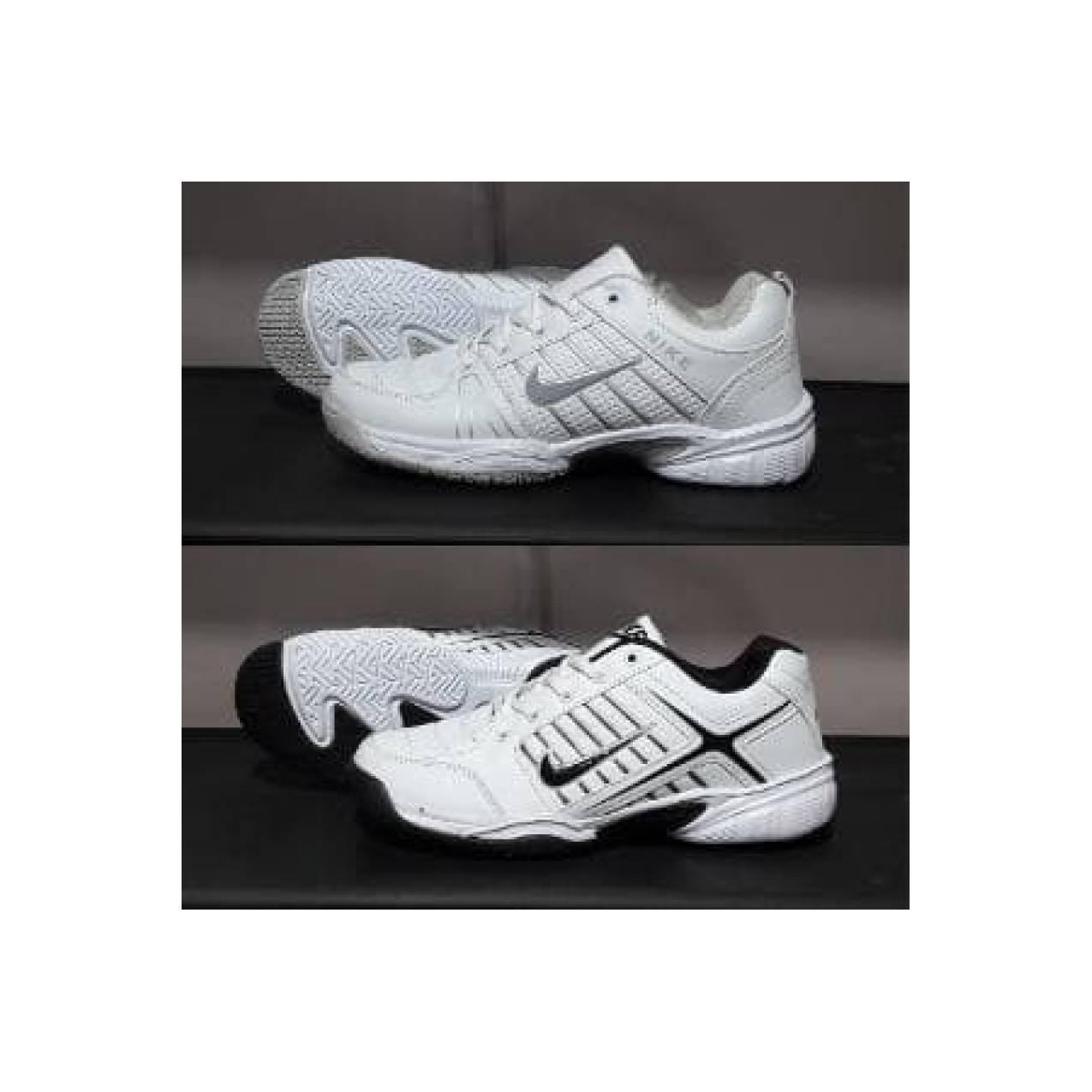 sepatu nike tenis.sepatu badminton.sepatu pria olahraga