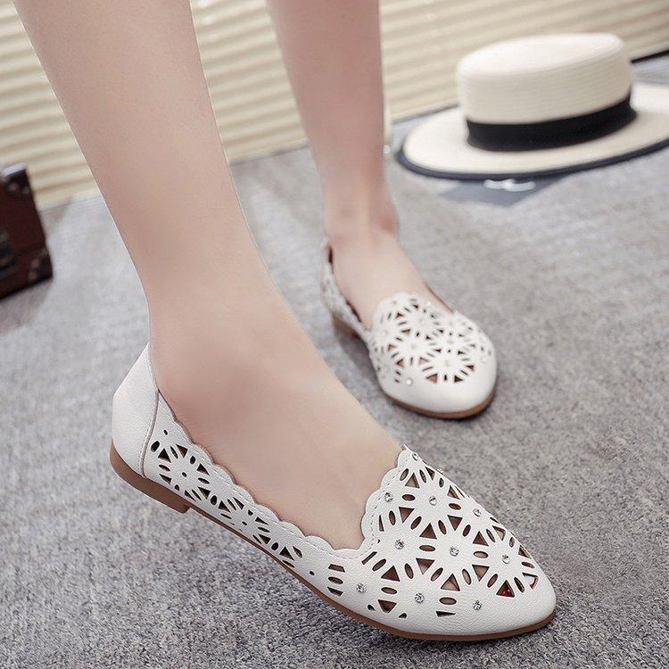 Carrefour Sandal Musim Panas Model Crocs Baru Sepatu Kulit .
