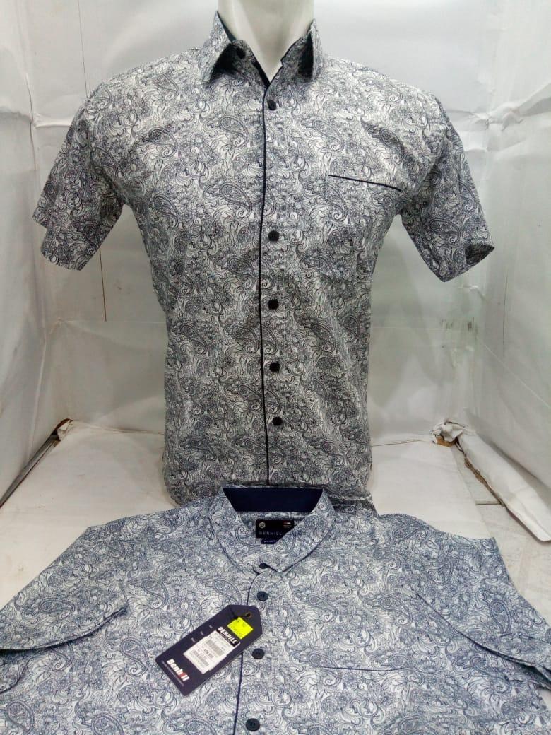 Baju Batik / Kemeja Batik / Atasan Batik / Batik Modern / Hem Batik / Kemeja Slimfit / Baju Pria / Baju Pria Slim / Kemeja Batik Slim / Fashion Batik / Fashion Pria / Atasan Kasual Batik / Baju Kasual Batik / Kemeja Batik Pria - Toko Sumber Rejeki Jeans