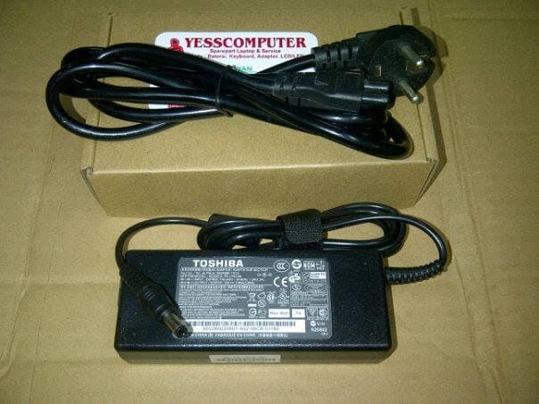 Adaptor toshiba ORIGINAL A100 A105 A200 A210 A300 L300 A305 L305 U400
