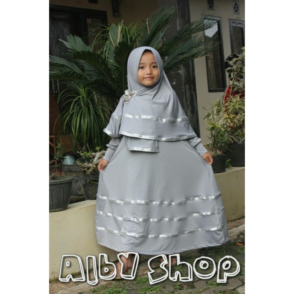 (TERBARU) Gamis Syari Busana Muslim Anak Perempuan Warna Putih Polos Satu Set Jilbab Bahan Wolfis Grosir Murah ()