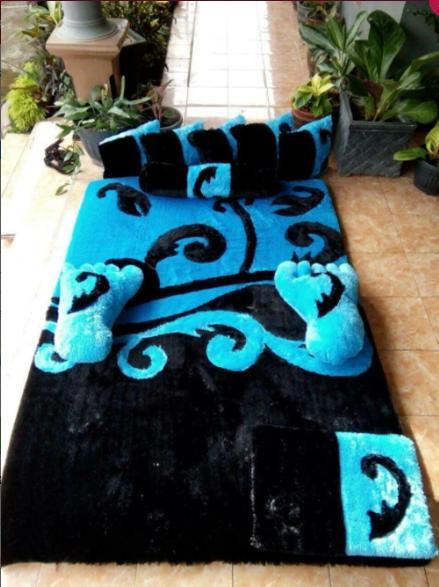 Karpet Karakter Blue And Black Full Set