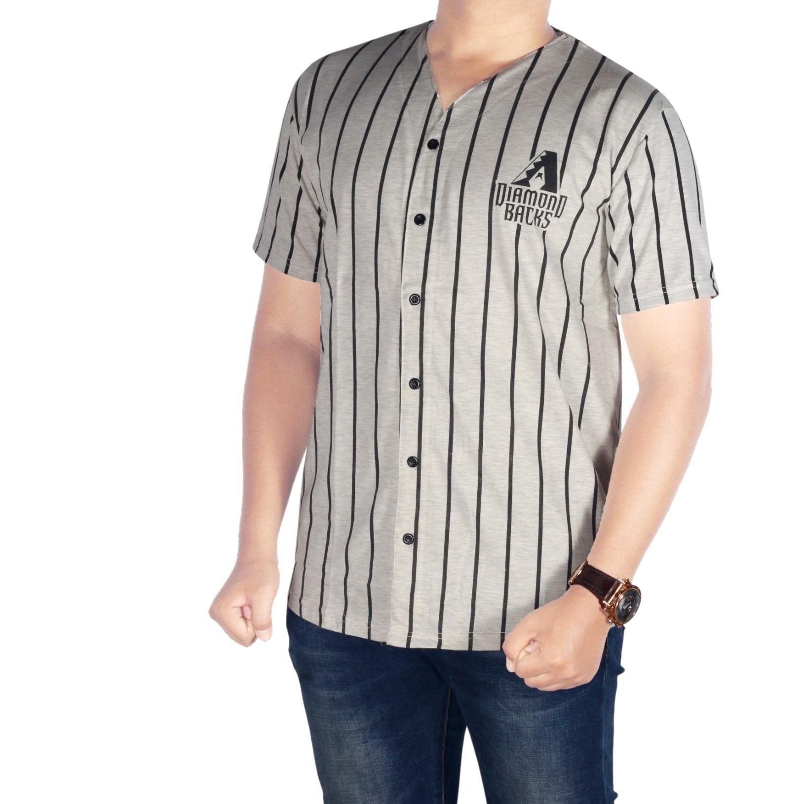 Dgm_Fashion1 Kaos Baseball Pria Kancing Abu-Abu/Kaos Disto Pria/Kaos Men/T-Shirt Man/Kaos Polos/Kaos Distro/Kaos Casual/Kaos Polo/Kaos Combet/Baju Kaos Pria/Kaos Young Lex/Kaos Long Line/Kaos Baseball/Kaos YOGS/Kaos Swag/Kaos Murah  NS 5430