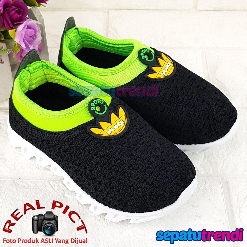 Sepatu Anak Laki Slip on Sporty Keren Ringan Lentur ADBLNC Usia 2 3 4 5  Tahun 9f93f1bfb6