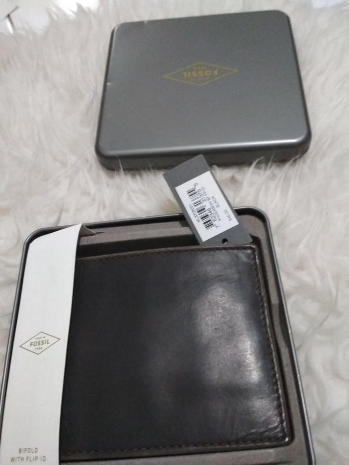 Hemat 10%!! Jual Dompet Pria Fossil With Tinbox Original Ready - ready stock