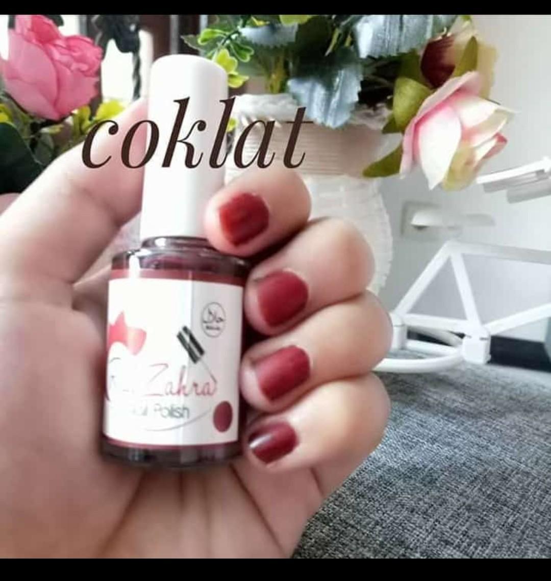 Red Zahra Nail Polish