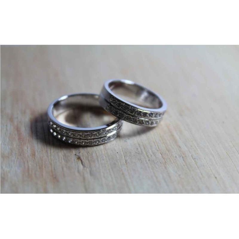 sepasang cincin nikah emas putih 9k AuAg