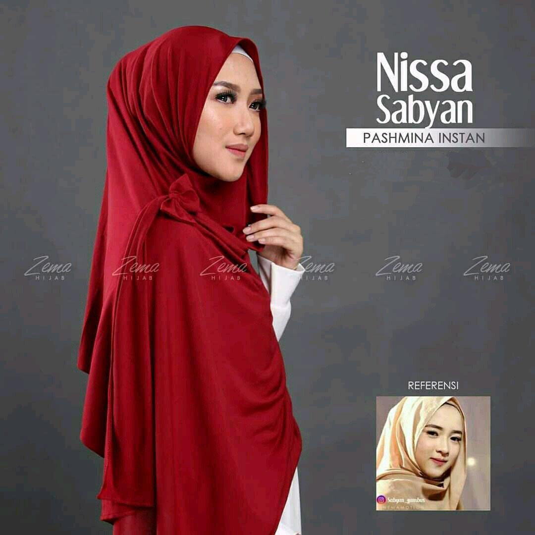 New Nissa Sabyan Pashmina Maroon Pinguin Wanita Style Jilbab Promo Fashion Grosir Ootd Kerudung Khimar