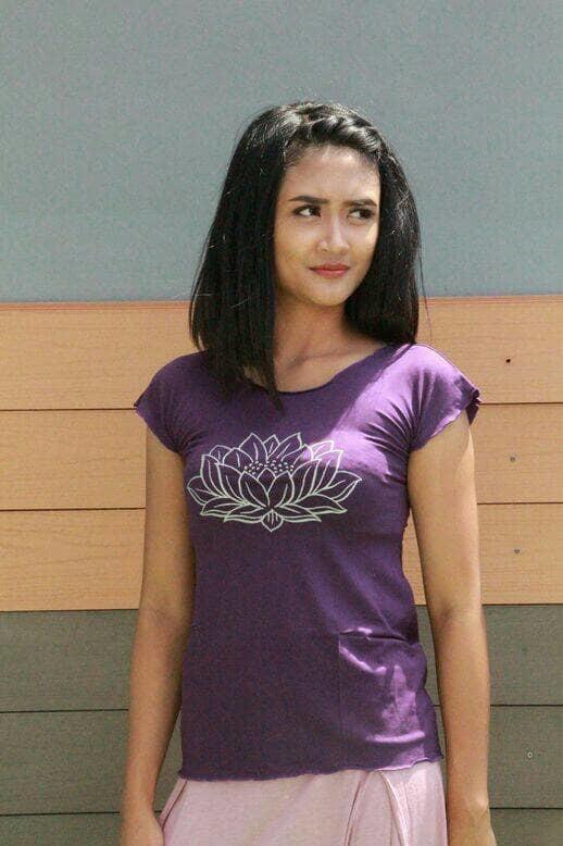 Baju Yoga Berlengan / Baju Yoga Tshirt Lotus Warna Ungu