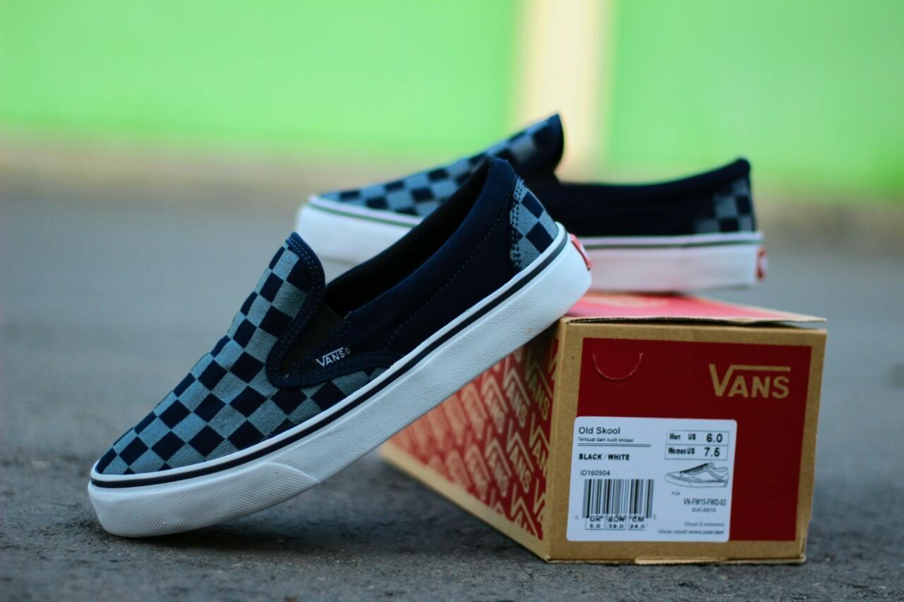 Sepatu Vans CheckerBoard Slip-on Pria Santai Slop Casual Sneakers Pantai 1102443518