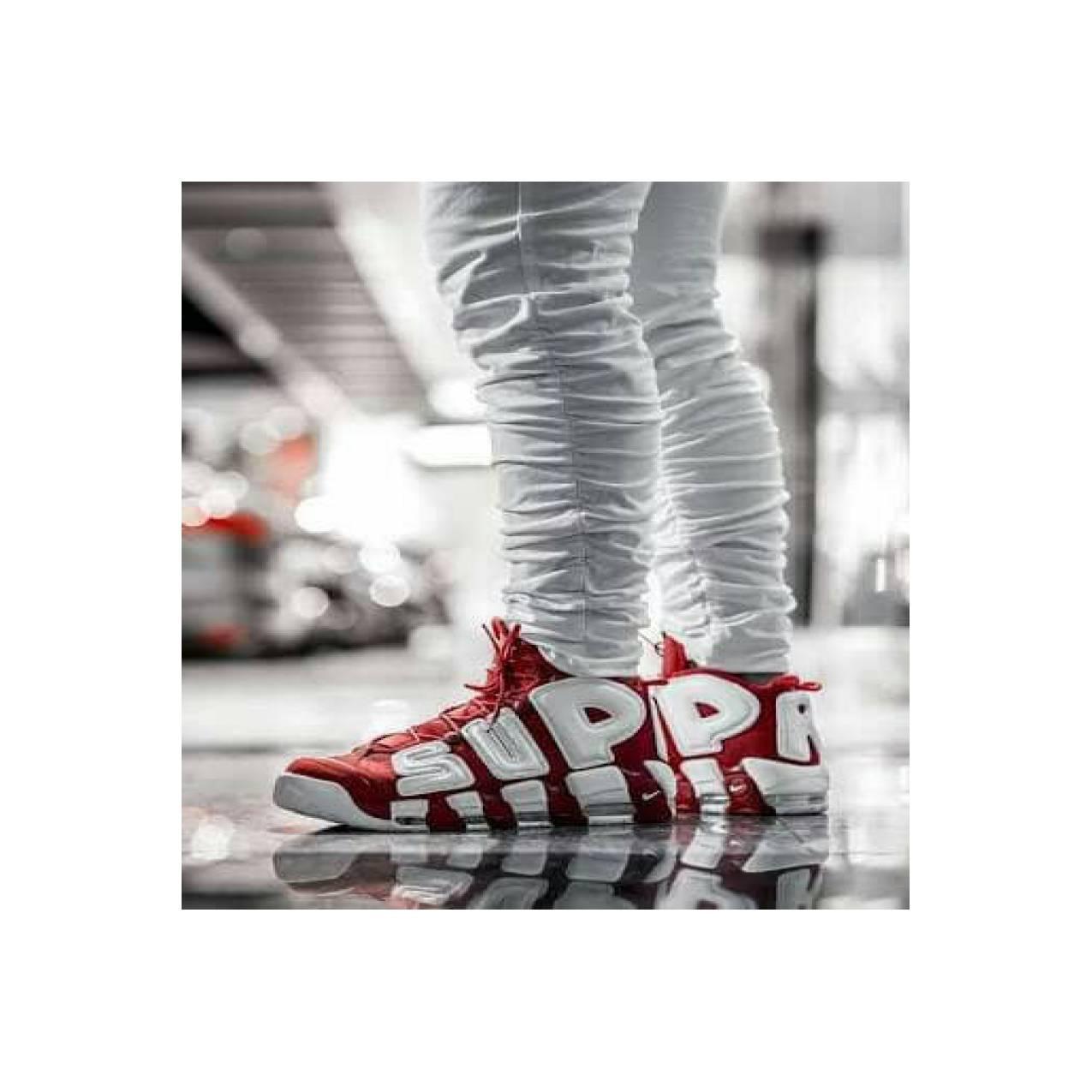 Nike Air More UpTempo x SUPREME Red Sepatu Olahraga Pria PREMIUM