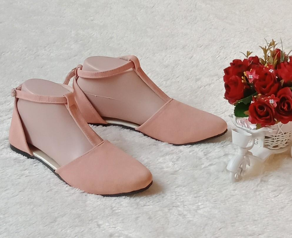Arlaine Ankle Flat Shoes