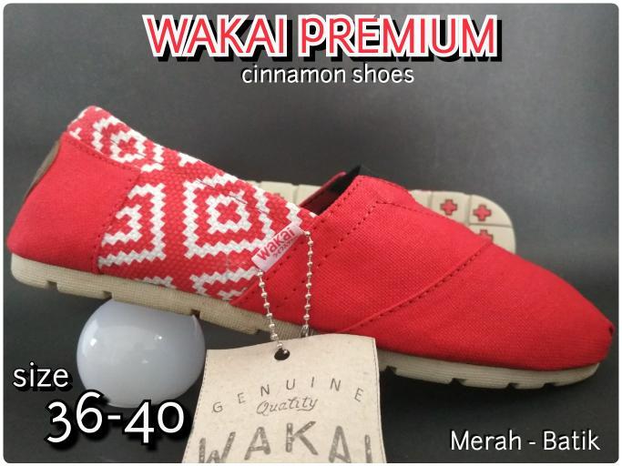 Sepatu Wakai Grad Original Pria Wanita Merah + Hadiah Lebaran Promo Terlaris