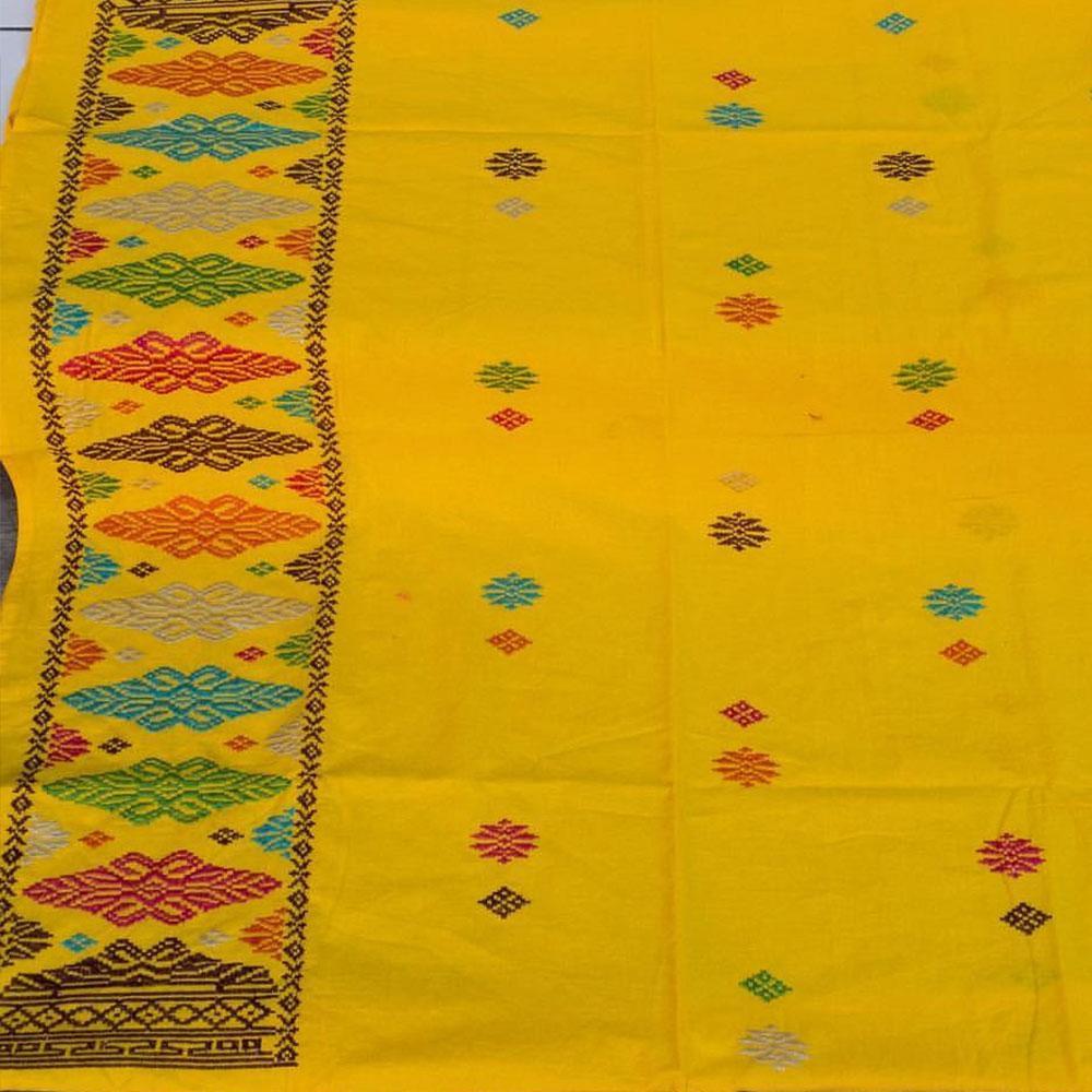 Kain Batik Kombinasi Bahan Katun Dan Embos Bawahan Kebaya Kkk047 Source · Trending Baju Kondangan Kain