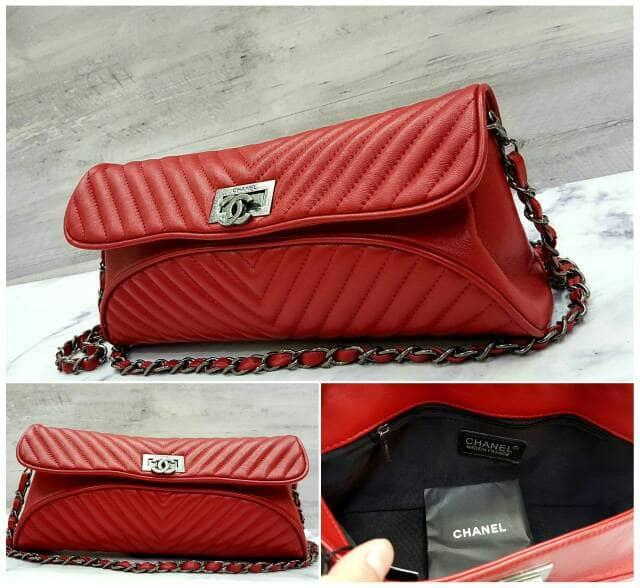 SALE!! Chanel Chevron Clutch Red / Tas / Dompet Pesta Wanita Branded