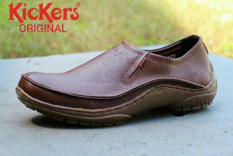 Kickers Pantopel Kulit Asli Sepatu Kerja Pria Casual Formal Slip On & Loafers Pantopel Sneakers Kets
