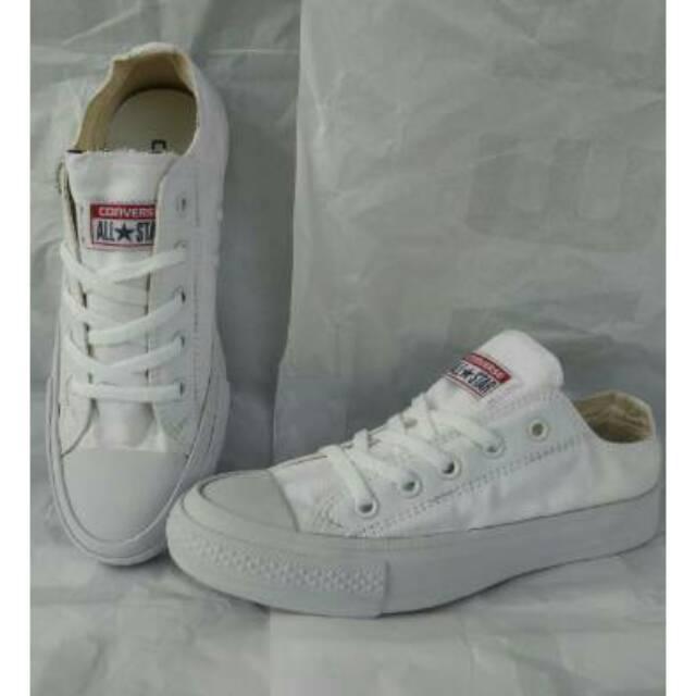 Sepatu Sneakers Converse Allstar Chuck Tayllor II Sepatu Kerja Kuliah Pria Cwo Wanita Cwe Termurah