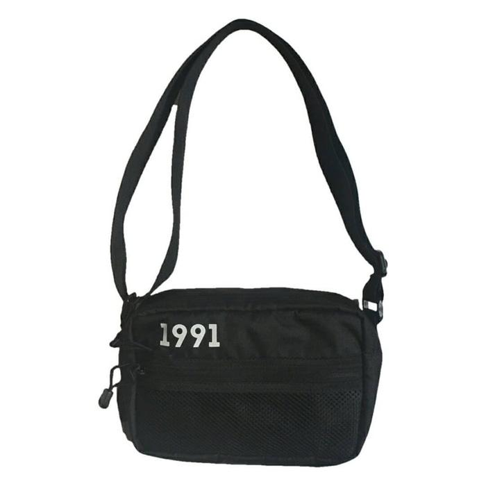 HARGA DISKON!!! Roughneck Sling Bag Black 1991 Z1 - Hitam - 2KJuAT