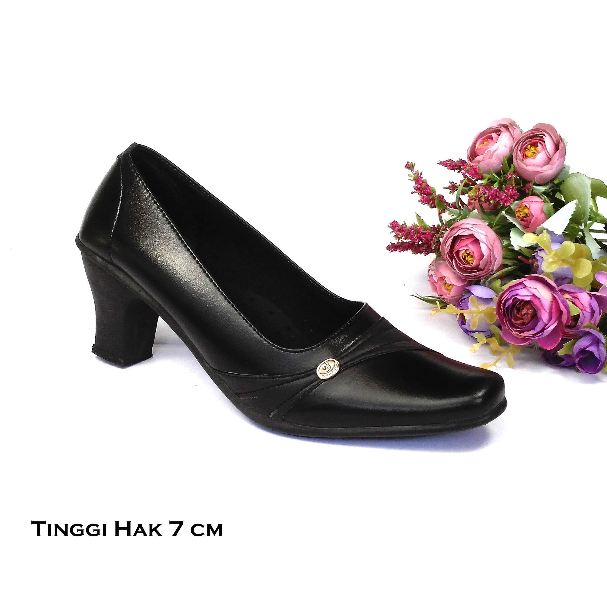 HQo Sepatu Pantofel Wanita   Sepatu Wanita Formal   Sepatu Pantofel  Paskibra Wanita Bertali   Sepatu ... fb12e98cc9