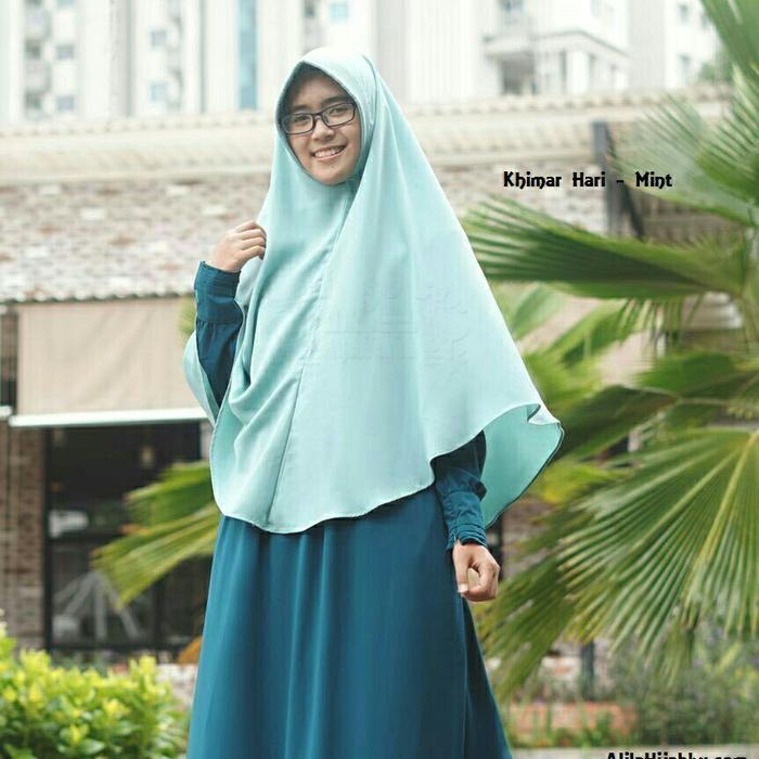 Khimar Hari size S Jilbab Instan Kerudung Syari Wollycrepe Hijab Alila A2490