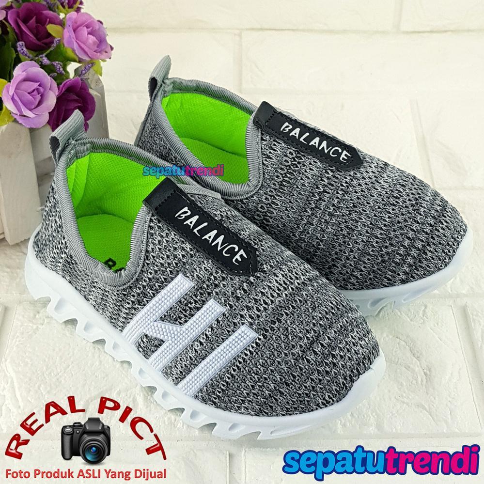 Sepatu Trendi Sepatu Slip On Sport Anak Laki Laki Cowo BLNC Sepatu Kets Anak  Cowok Usia 1c1a7a507e