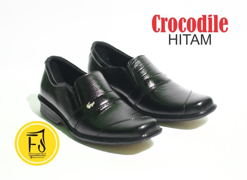Crocodile - Sepatu Pantofel Pria Crocodile Formal Kulit Asli Premium Warna  Hitam 6742bdb634