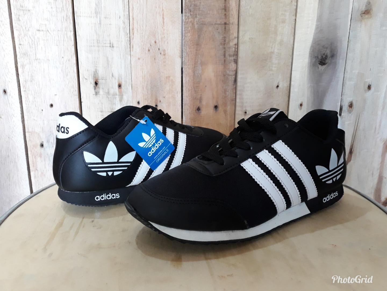 sepatu Adidas Olahraga fashion pria neo v racer runing lari joging