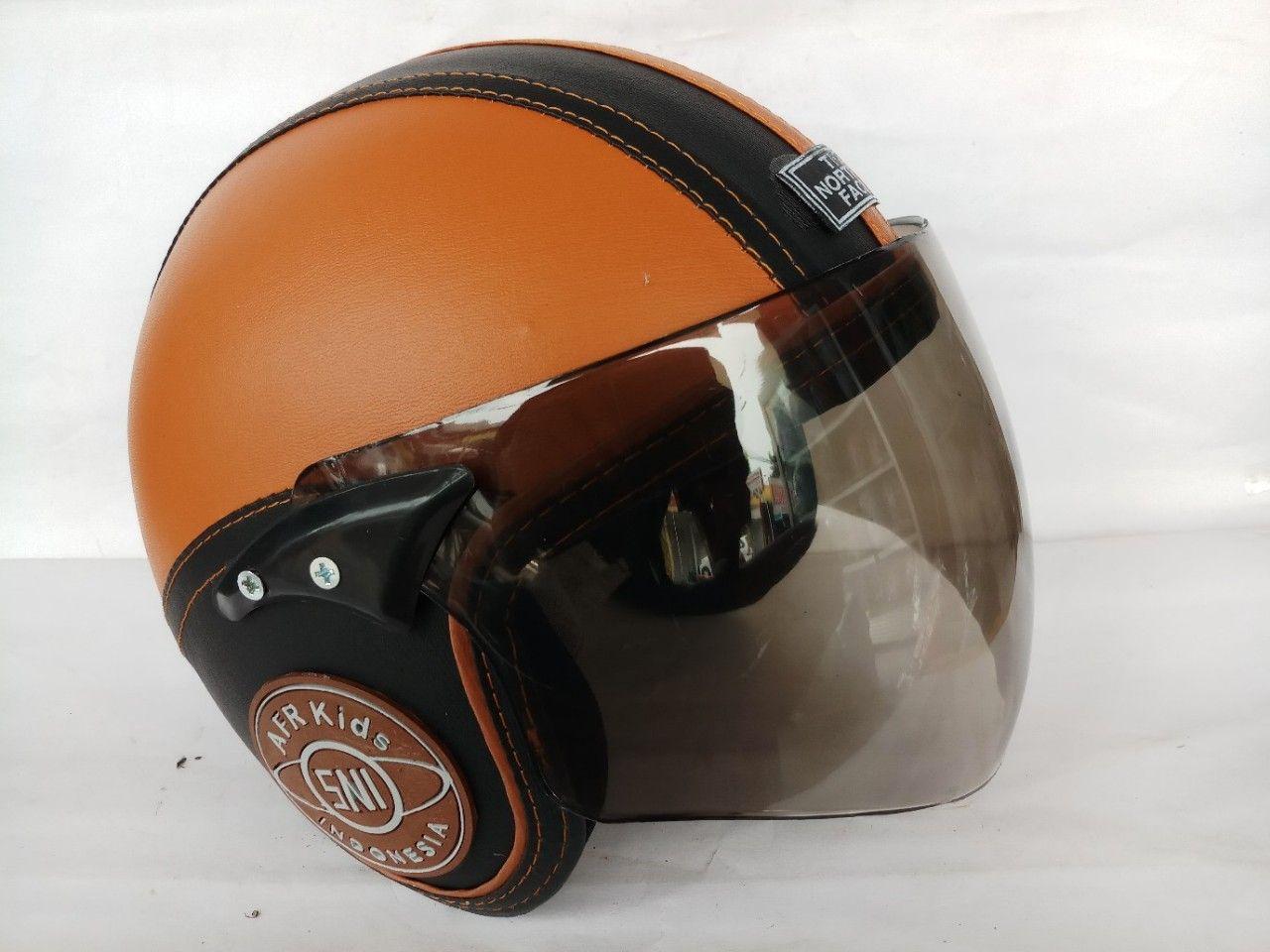Helm anak standar full face ( coklat hitam )