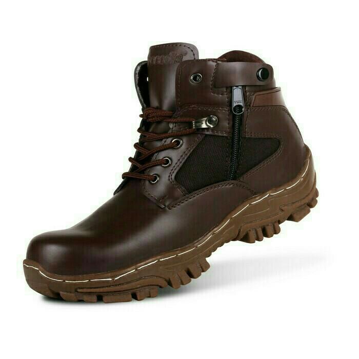 DSH sepatu kets boot safety dan kasual pria / sepatu kasual ujung besi / sepatu sneaker pria / sepatu pria reasleting bikers / sepatu adventure murah /sepatu pria casual /sepatu pria kasual / sepatu pria kulit / sepatu pria murah / RK01 trail