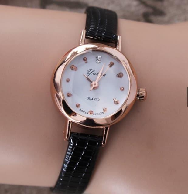DISKON TERLARIS Jam Tangan Wanita Yuhao 02 Women Fashion Leather Wrist Watch  Watches ee5554e58d