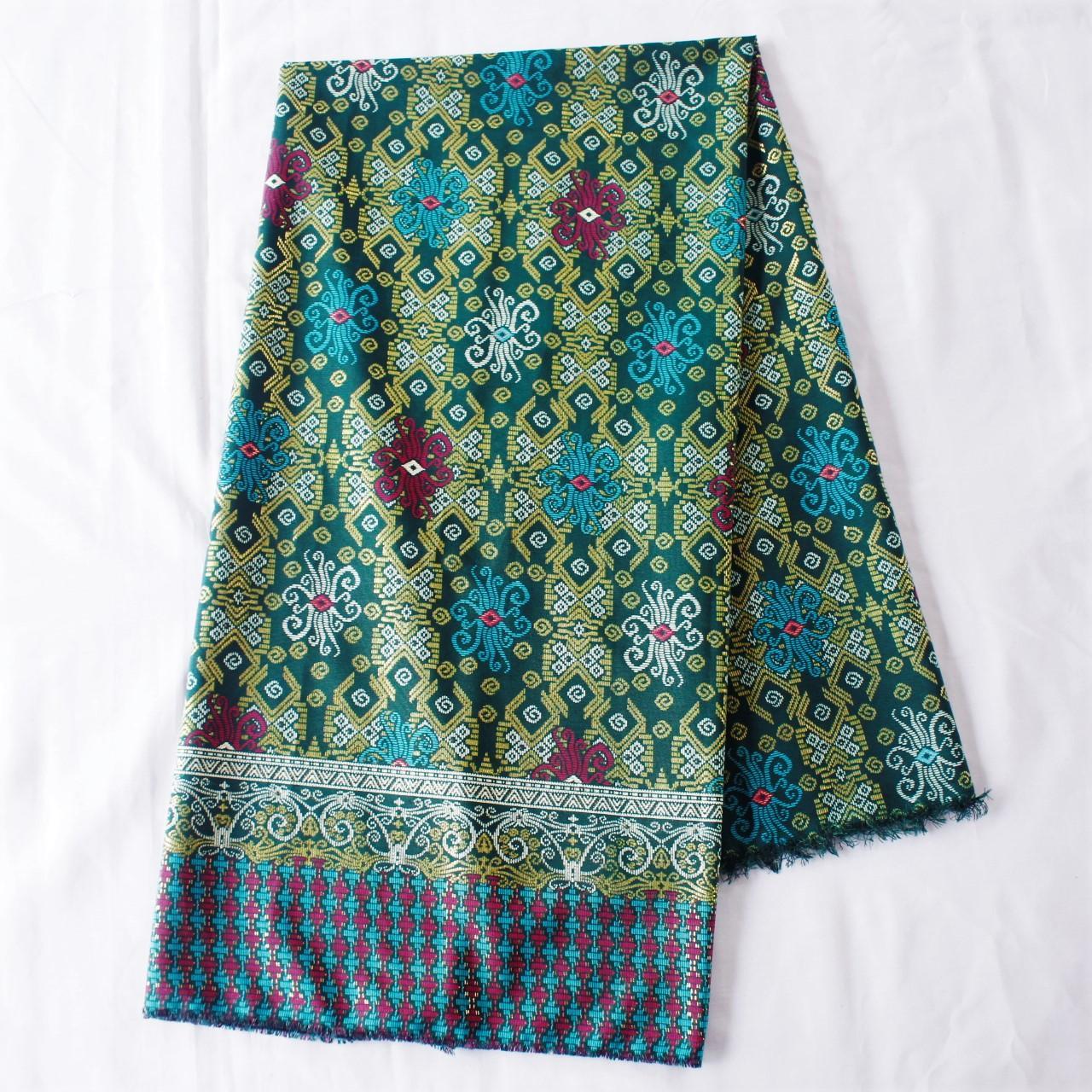 KBS020 Kain Batik Meteran Semi Sutra Bawahan Kebaya Modern Bahan
