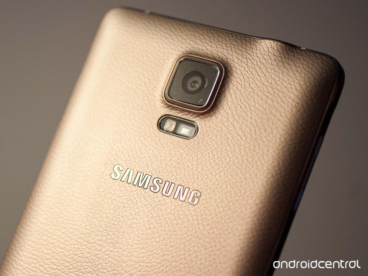 Samsung Galaxy Note 4 SEIN ~ RAM 3GB / 32GB ~ OCTACORE 1.9GHz