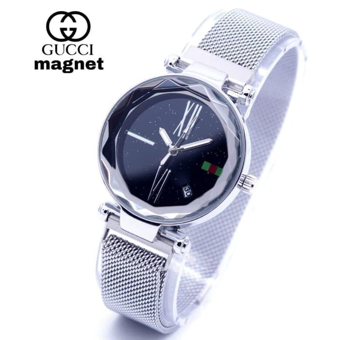 Jam Tangan Wanita Gucci Magnet Tanggal Rantai-biru 1105dee396