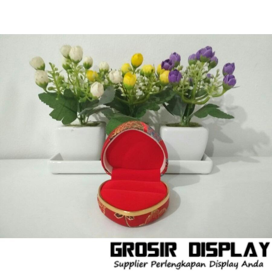 Kotak Tempat Cincin Sepasang Love Motif Batik Bunga Sangjit Merah Display Cincin Couple Valentine Seserahan Lamaran