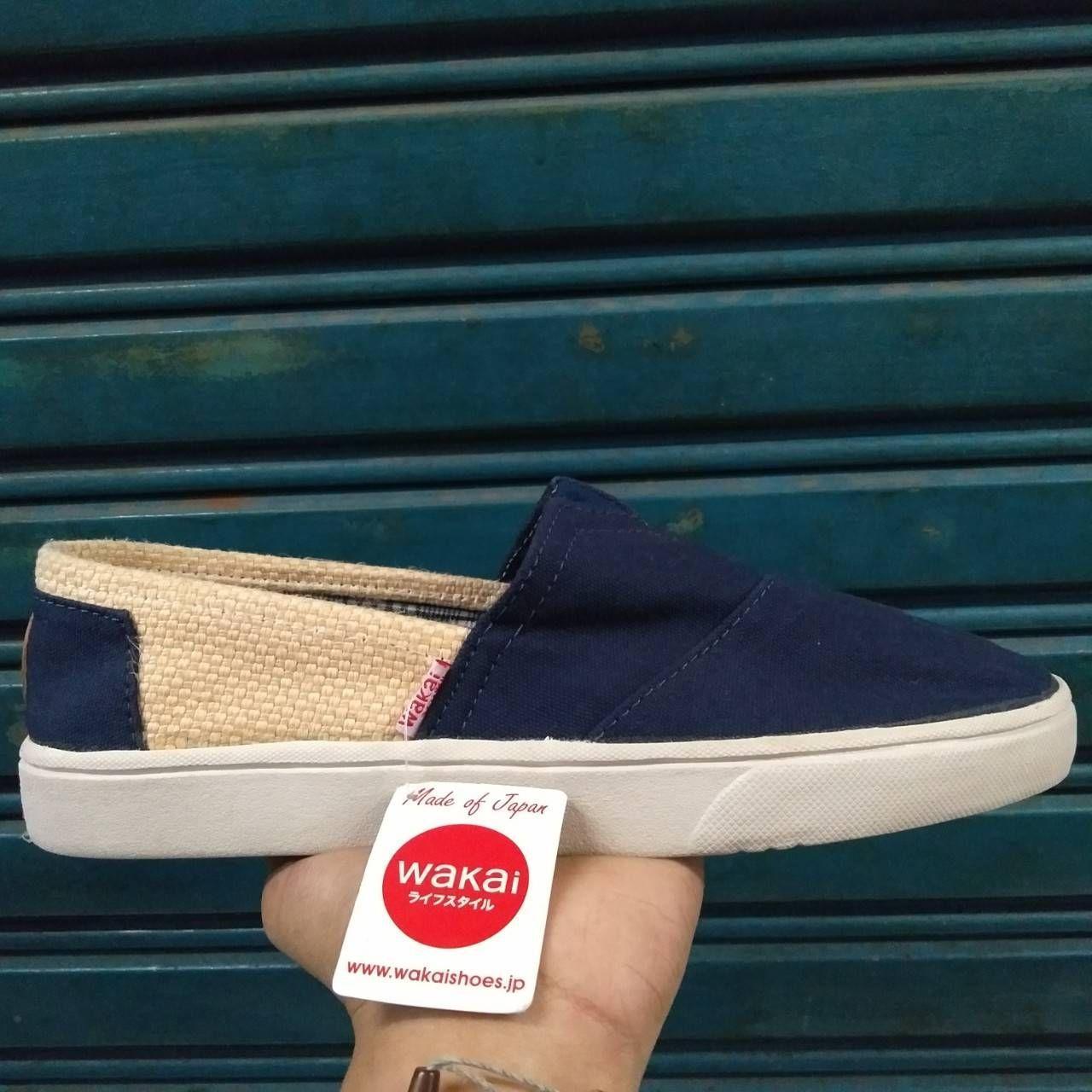 Sepatu slip on Wakai hashigo