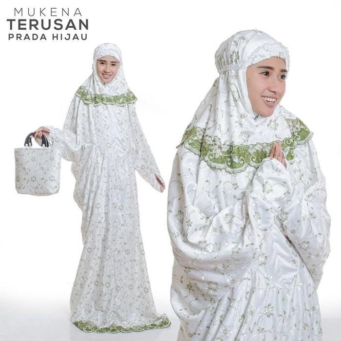 Pusat Mukena Indonesia Tasikmalaya Mukena mewah / Mukena dewasa / Mukena bali / Mukenah / Mukena katun jepang / Mukenah Wanita / Mukena Putih / Mukenah Murah / Mukenah Jumbo / Mukenah Remaja / Mukenah Dewasa Semi Sutra Terusan Prada Hijau