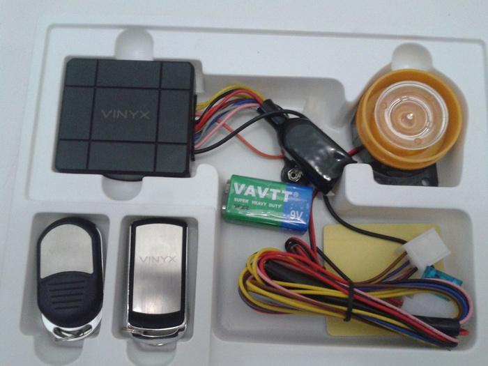 Alarm VINYX dan panduan pemasangan b.indonesia | ( gembok alarm motor anti maling koper sepeda pagar cakram kinbar kode tas mobil clock rumah sensor gerak pintu digital remote lock bht ) |