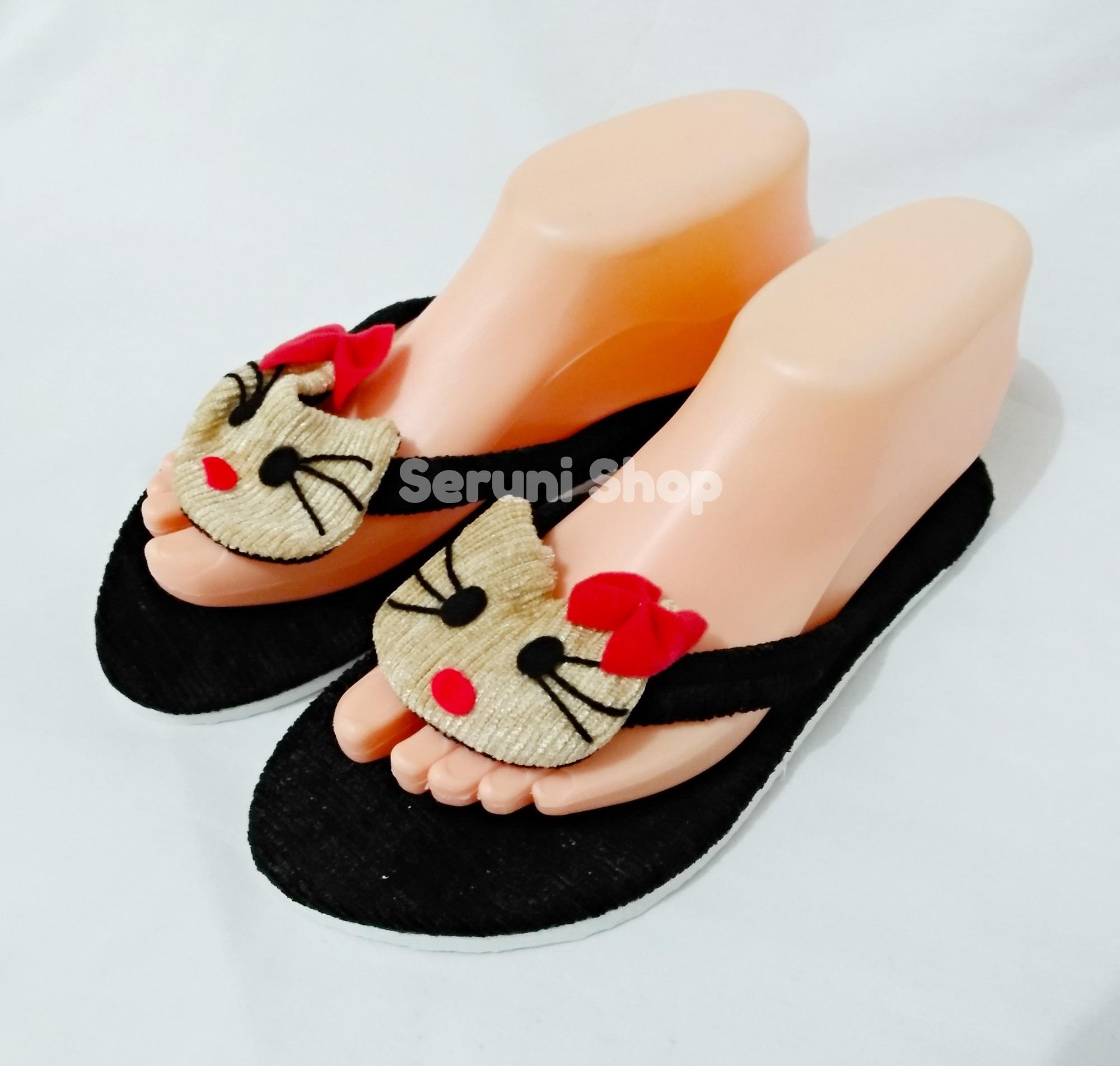 Jual Rak Sepatu Gantung Karakter 9 Tingkat Resleting Hello Seleting Sandal Santai Kitty Hitam