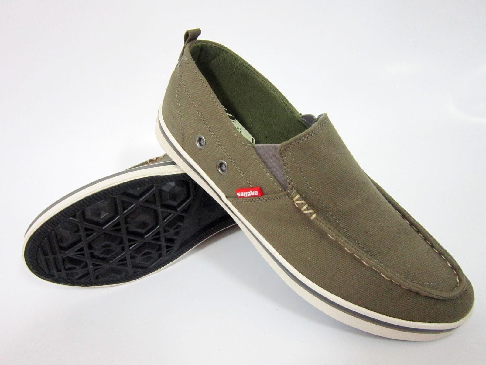 Jual Sepatu Sandal Ardiles Terbaik Men Dual On Fashion Hitam Abu 40 Sneakers