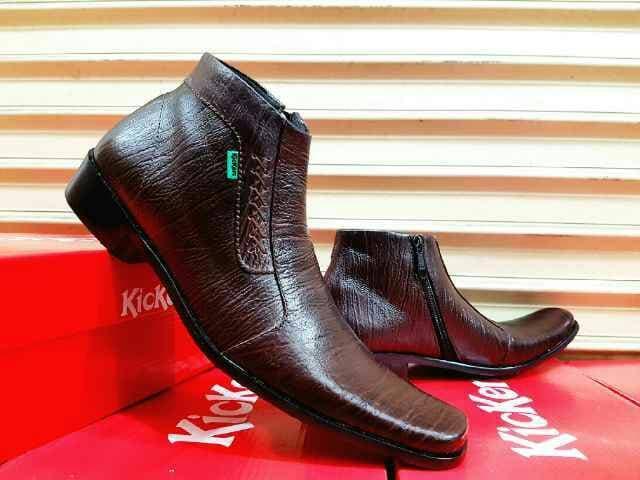Sepatu kulit kickers formal kerja pria keren warna brown TRENDY