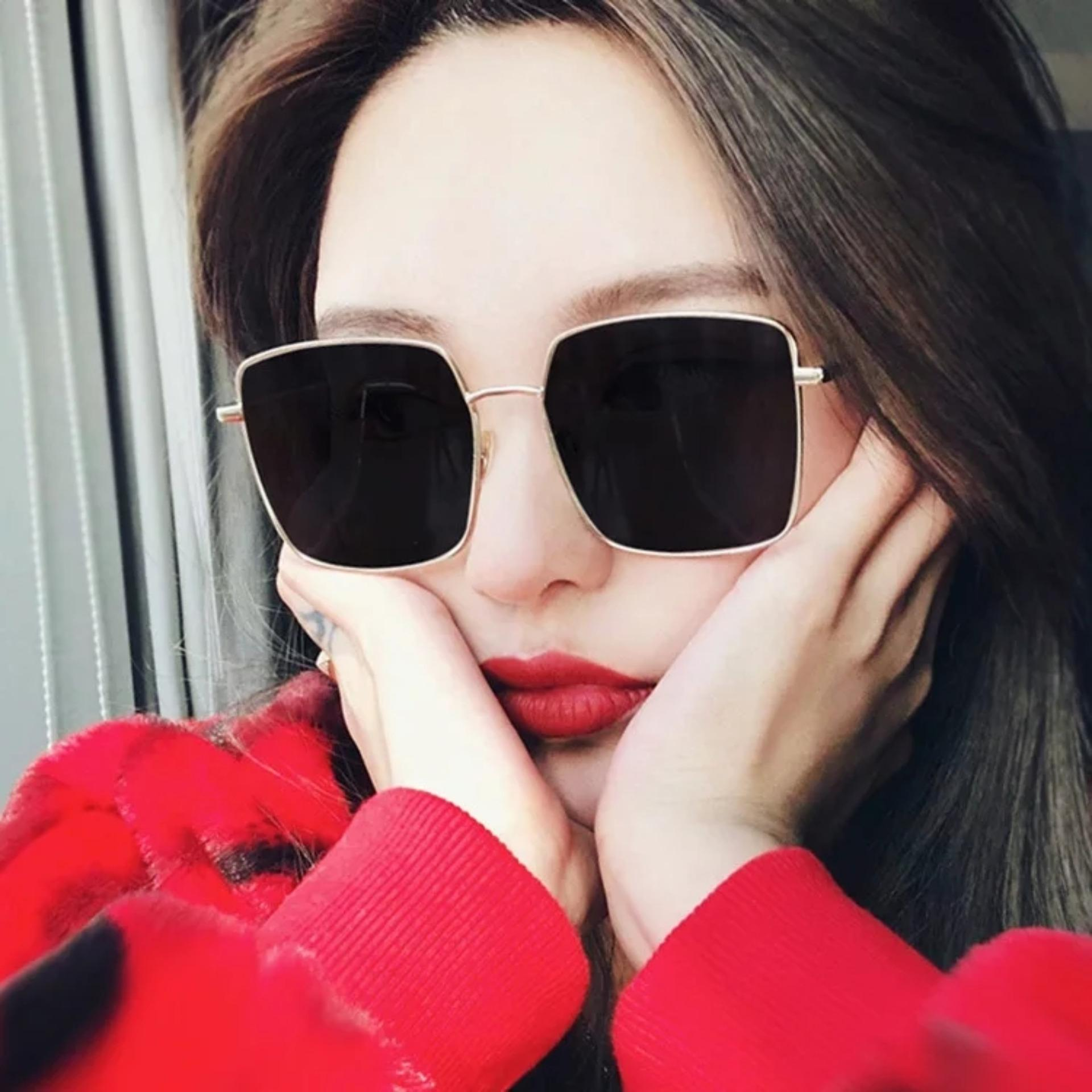 Fashionity Candy Sunglasses MN5016 Black - Kacamata wanita