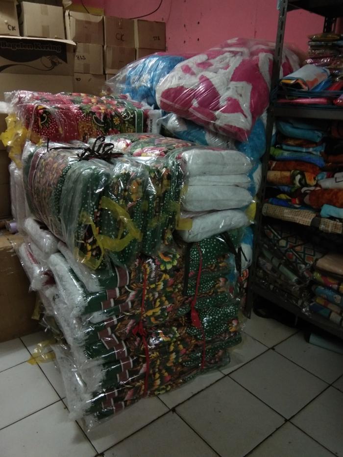 ready stock Karpet Permadani Jaguar   Ambal Khusus Gosend - promo